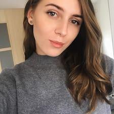 Profil Pengguna Polina
