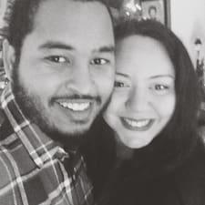 További információk Timothy + Gina házigazdával kapcsolatban