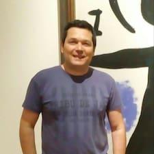 Henkilön Santiago Luis käyttäjäprofiili