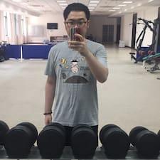 Yunze felhasználói profilja