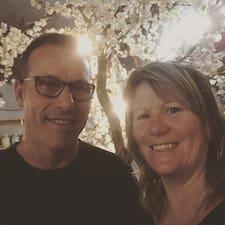 Profil utilisateur de Suzanne & Mark