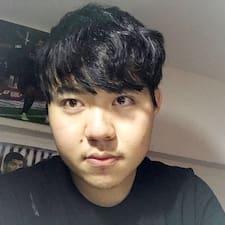 โพรไฟล์ผู้ใช้ Yuxuan
