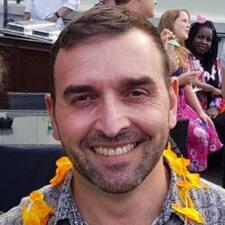 Yiannis Brugerprofil
