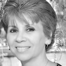 Dr. Cheryl felhasználói profilja