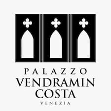 Palazzo Vendramin Costa Brukerprofil