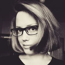 Profil Pengguna Cecilie