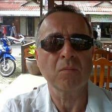 Profilo utente di Jean Louis