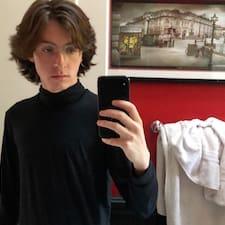 Ian felhasználói profilja