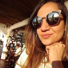 Vivianne felhasználói profilja