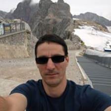 Sándor felhasználói profilja