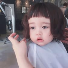 钏 felhasználói profilja
