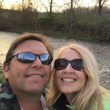 Profil utilisateur de Larry & Christina