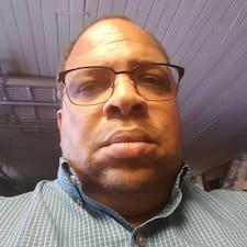 โพรไฟล์ผู้ใช้ Dwight