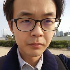 Zhongyi的用戶個人資料