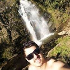 Profil korisnika Caio