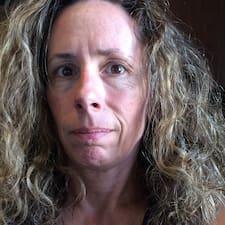 Terri felhasználói profilja