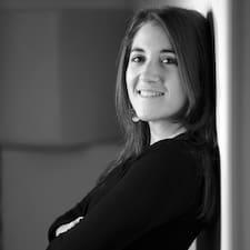 Céline Corinne User Profile