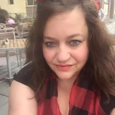Aimee felhasználói profilja