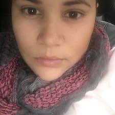 Jeniffer felhasználói profilja