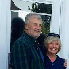 โพรไฟล์ผู้ใช้ Dan & Vicki
