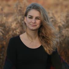 Dorottya User Profile