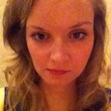 Profil Pengguna Hayley