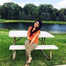 Nutzerprofil von Naveena