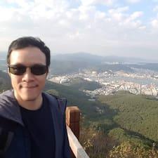 Khee Xiong felhasználói profilja