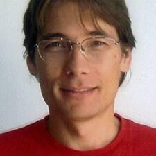 Lotfi felhasználói profilja