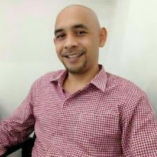Max Mangku Komang