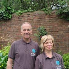Zjisti více o hostiteli Stephen & Jane