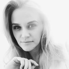 Ioana-Maria User Profile