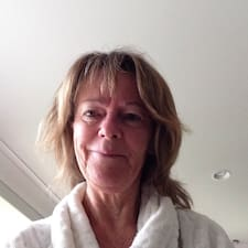 Profil Pengguna Jean  Donald