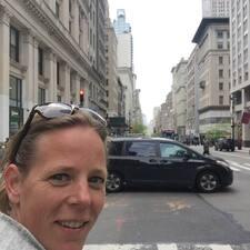 Anne-Maartje User Profile