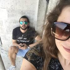 Profil Pengguna Shaali & Barbi