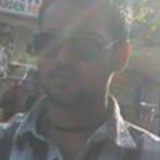Deependra felhasználói profilja