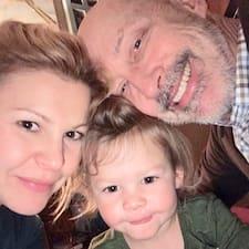 Greg & Jenya (& Olivia) felhasználói profilja