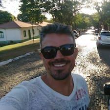 Cleiton felhasználói profilja