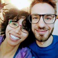 Profil utilisateur de Danielle & Michael