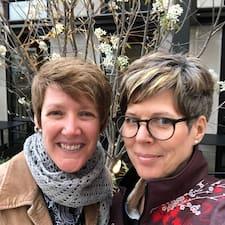 Holly & Fran Brugerprofil
