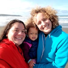 Laura&Rosslyn User Profile