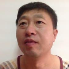 Nutzerprofil von 越