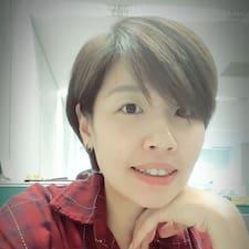 千育 User Profile