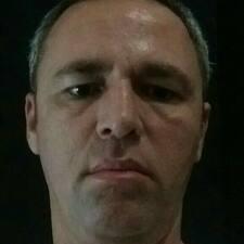 Júlio Onesio - Uživatelský profil