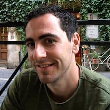 Profil Pengguna Gerard