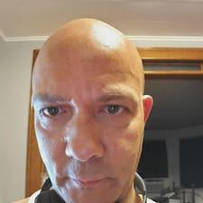 Paul Byron felhasználói profilja