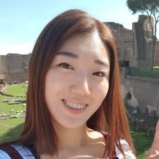 โพรไฟล์ผู้ใช้ Jaeun