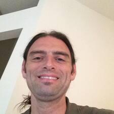 Nathan Brugerprofil