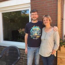 Logeerhuis é um superhost.