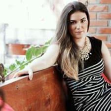 Angela Cristina felhasználói profilja